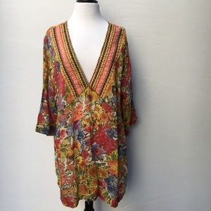 JOHNNY WAS Flowered V-Neck Tunic Size 1x